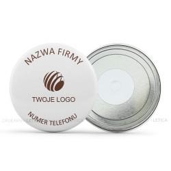 Projekt firmowych magnesów i przypinek z logo i numerem telefonu